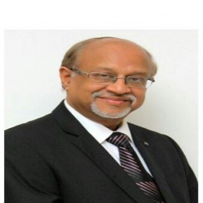Dr R.M Saraogi